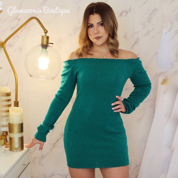 0ff92f698325 Sexy off the shoulder long sleeve dress mini dress